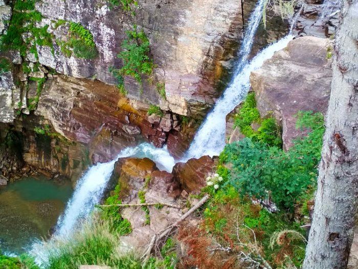 Фото каскада водопадов Менделиха